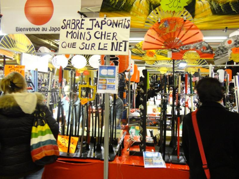 73128-paris-manga-sci-fi-show-2012-stand-sabre